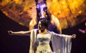 Majo Cornejo en la producción Luzia. Foto Cortesía: Matt Beard / Costumes: Giovanna Buzzi / 2016 Cirque du Soleil