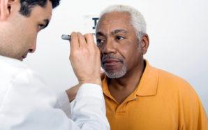 La AARP está presionando al Congreso para mantener Medicare como está, para millones de estadounidenses en retiro. Photo Credit: Public News Service