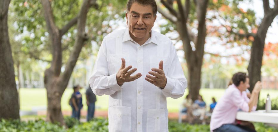 Don Francisco nos da sus consejos sobre enfrentando la vida con diabetes con positividad y conocimiento. Photo Credit: Kiko Ricote