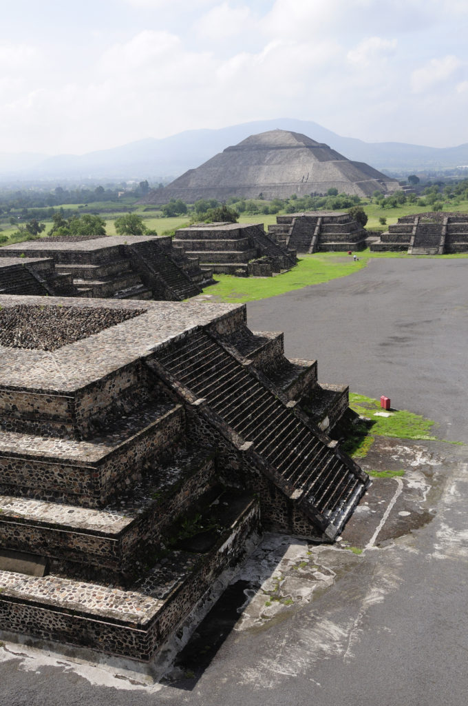 teotihuacan just a small thing Examples of how to use the word teotihuacan in a sentence woman to the teotihuacan ruins just north force fighting a small force but teotihuacan do this on.