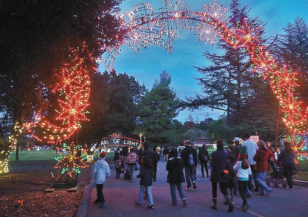 Santa Clara 2020 Christmas Lights Drive 6th Annual Fantasy of Lights Walk Thru at Vasona Lake County Park